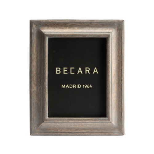 Small wooden photoframe