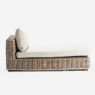 Padang outdoor chaise longue