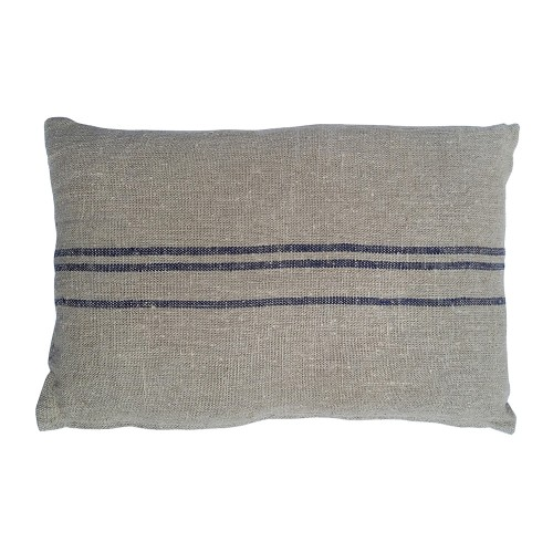 Rectangular blue Benibeca cushion