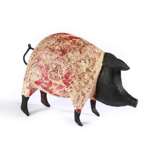 Iron coloured pig