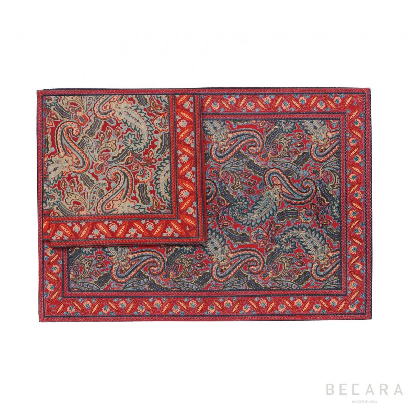 Shatoosh red/green tablecloth with napkin
