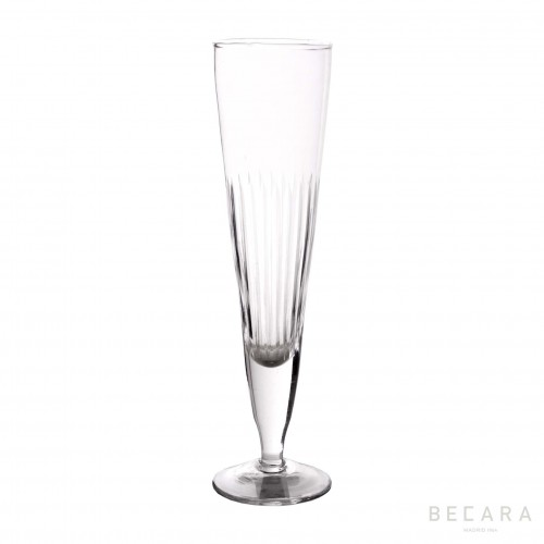 Lines champagne cup