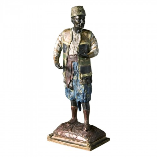 Baggy trousers bronze figure