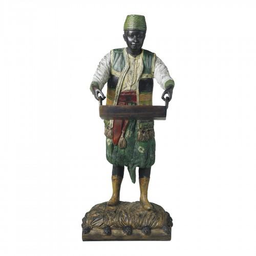 Figura de bronce hombre con bandeja