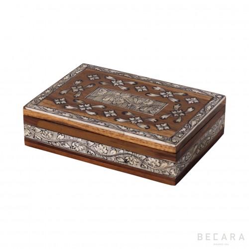 Inaly rectangular box
