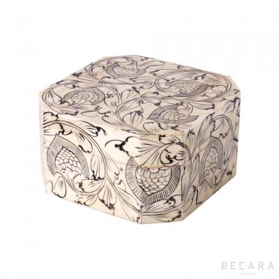 Caja octogonal