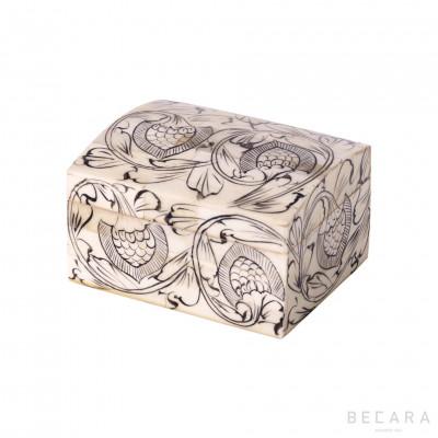 Caja forma cofre