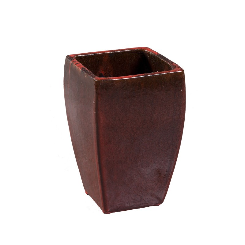 Small red square flowerpot