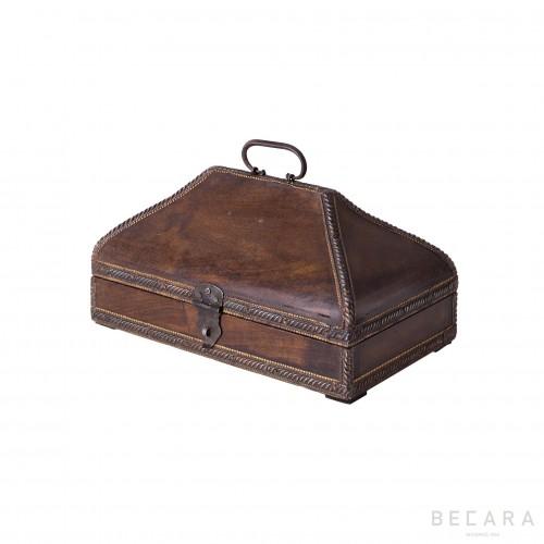Caja marrón pequeña - BECARA