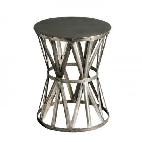 Round small side table with smoked strips