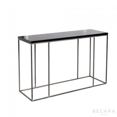Consola de metal con madera negra
