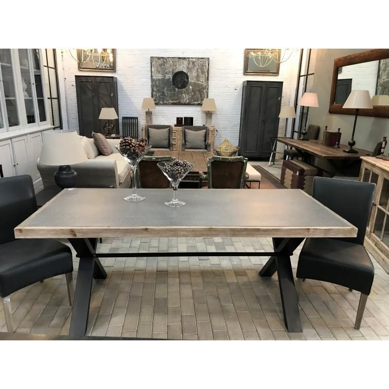 New York dinning table