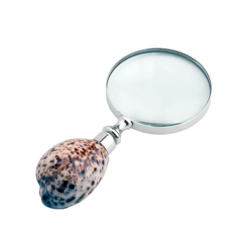 Seashell handlemagnifying glass