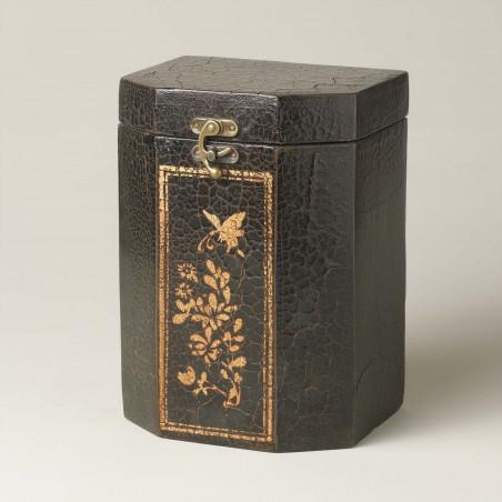 Caja negra craquelada con dibujo en dorado