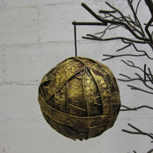 Ø13cm golden strips Xmas ball