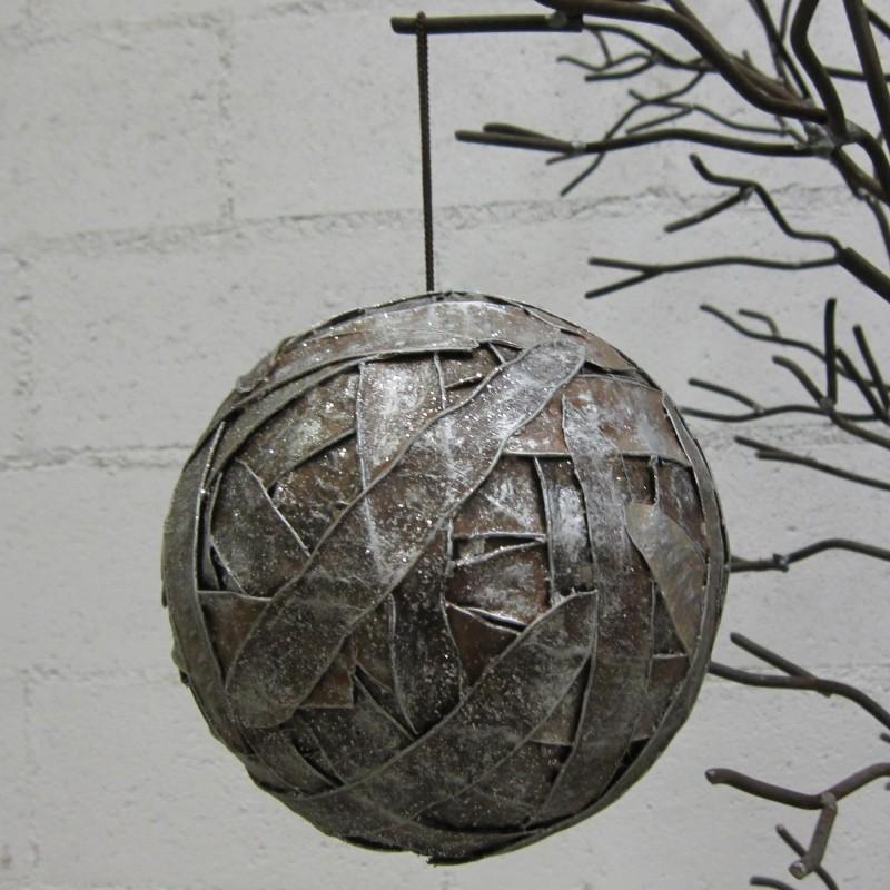 Bola de Navidad tiras plateadas Ø16cm - BECARA