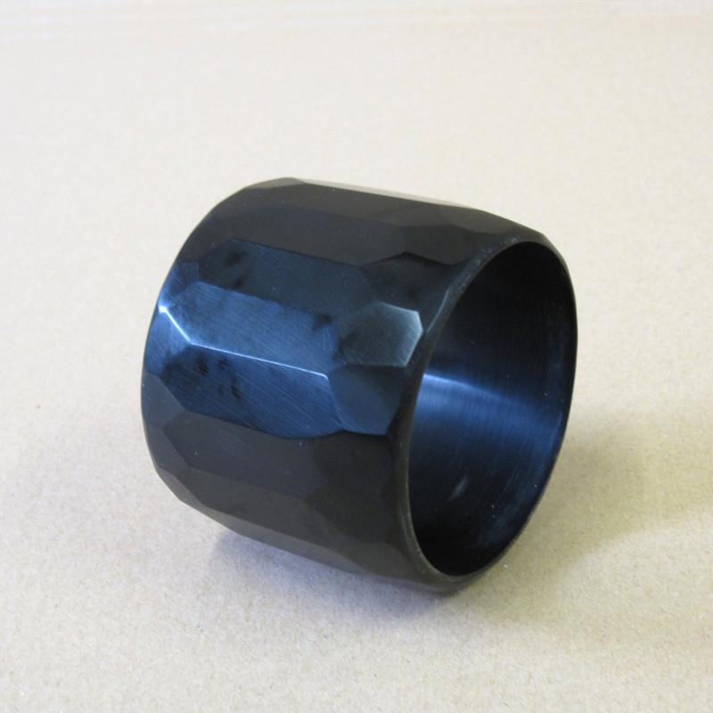 BLACK WIDTH BRACELET