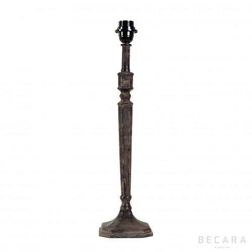 Lámpara de mesa de hierro con base octogonal