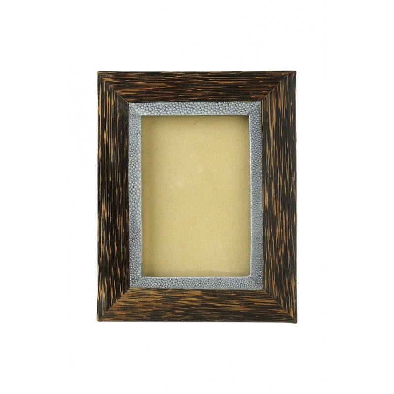 Coconut frame with shagreen inner