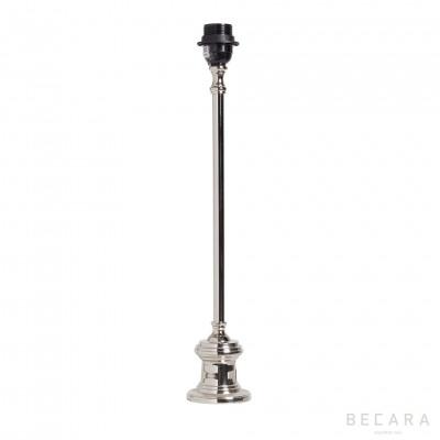Lámpara de mesa con acabado niquelado
