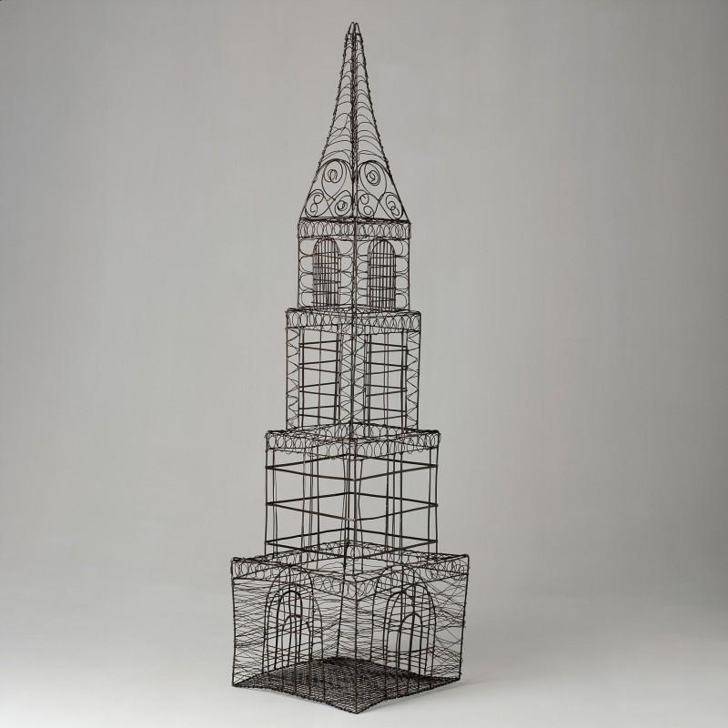 Torre de alambre marrón - BECARA