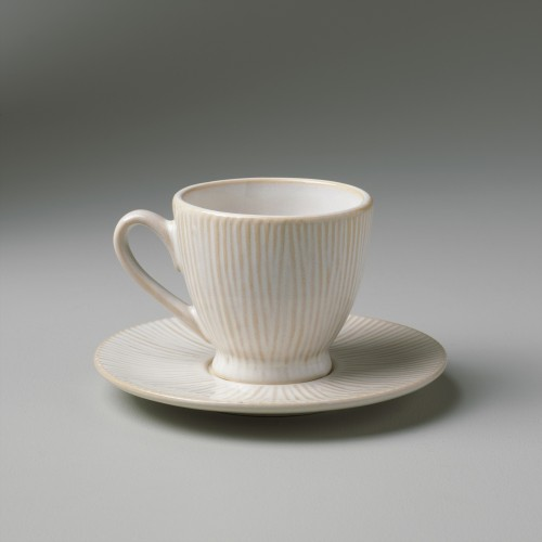 Cream Spin coffee cup with plate included
