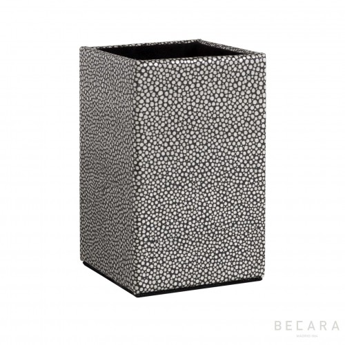 Shagreen pencil holder