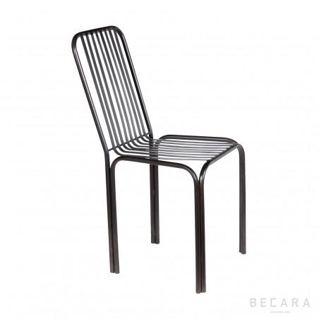 Iron strips chair