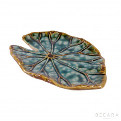 Long leaf decorative plate