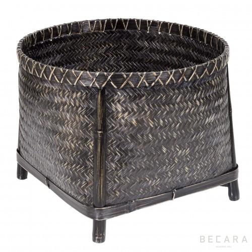 Big basket with legs