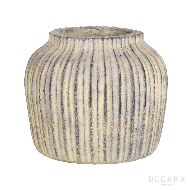 Big gray stripped pot