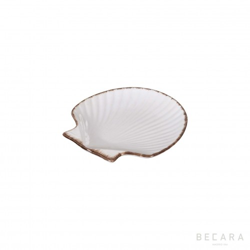 Small ceramic scallop dish