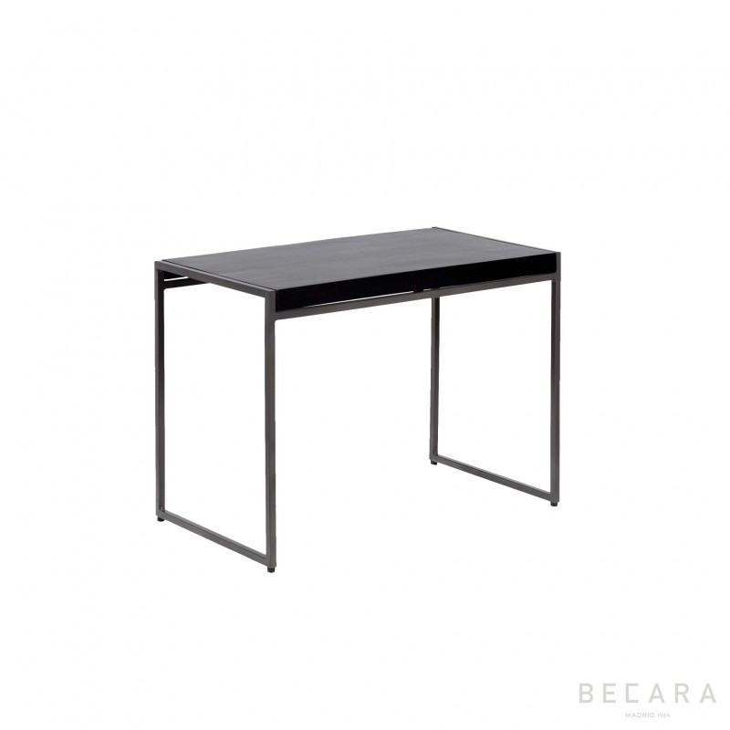 Chicago sidetable