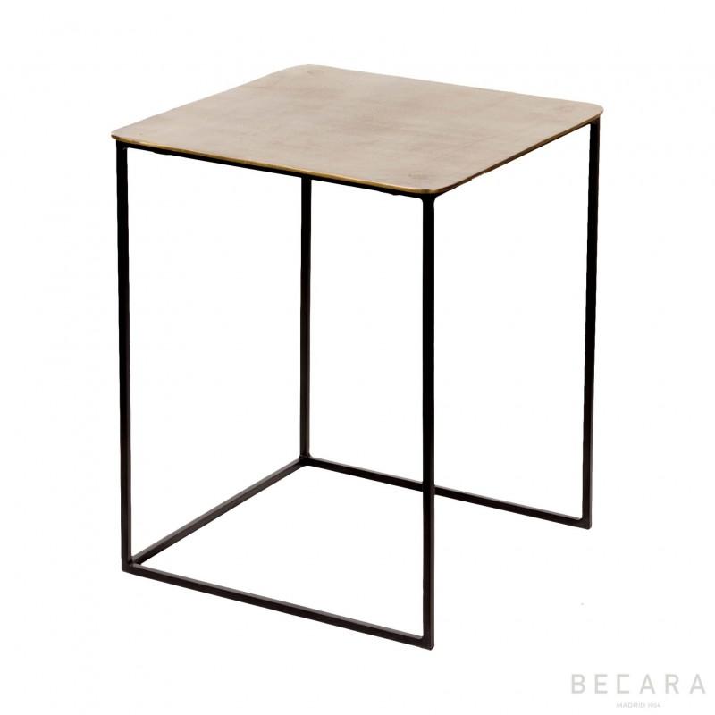 Big Mart table