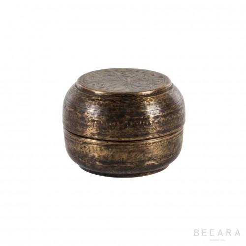 Caja de bronce pequeña con flores  - BECARA