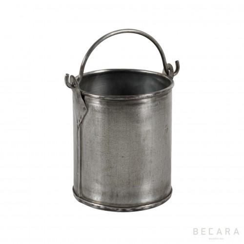 Nikel bucket