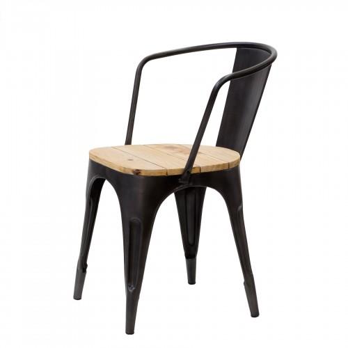 Silla de hierro con asiento de madera