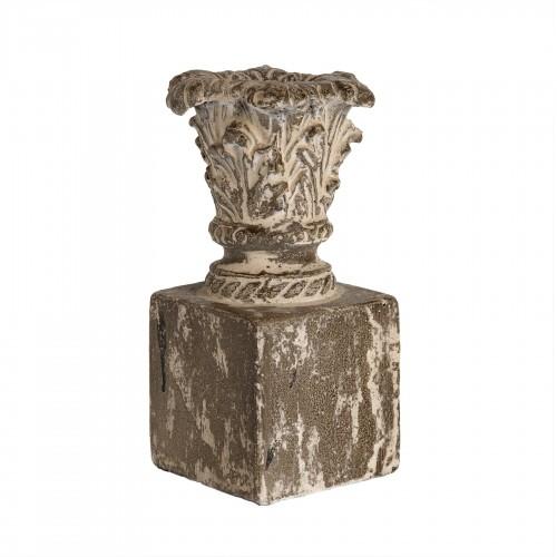 Distressed obelisk flowerpot