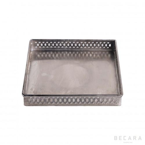Medium cuadrada drilled tray