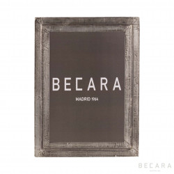 Decape wooden photo frame