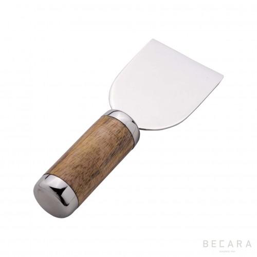 Horn cheese knife