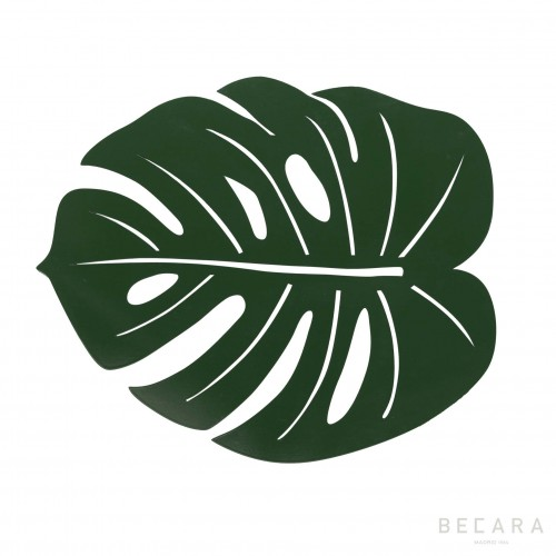 Green water lily leaf placemat
