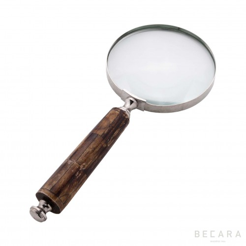 Magnifying glass with darker bone handle
