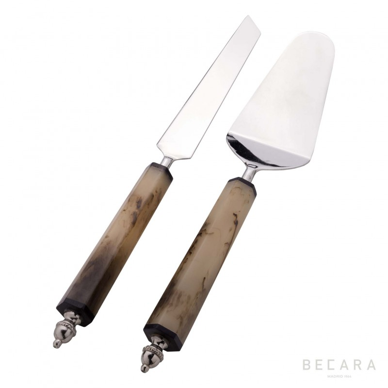 Cake cutlery set with horn handle