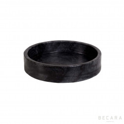 Fuente redonda de mármol gris mediana