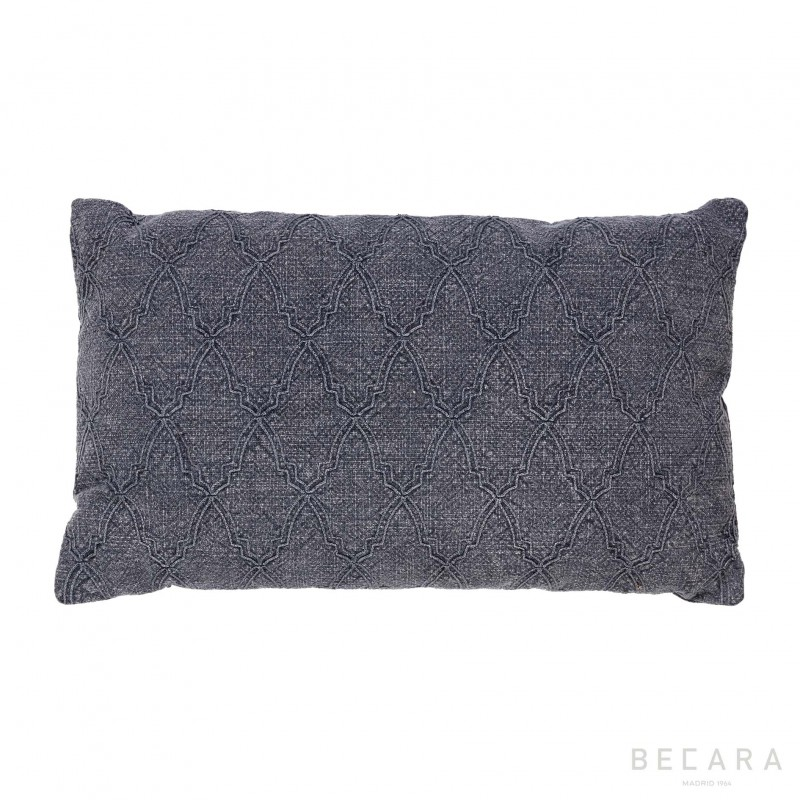 Small gray mosaic cushion