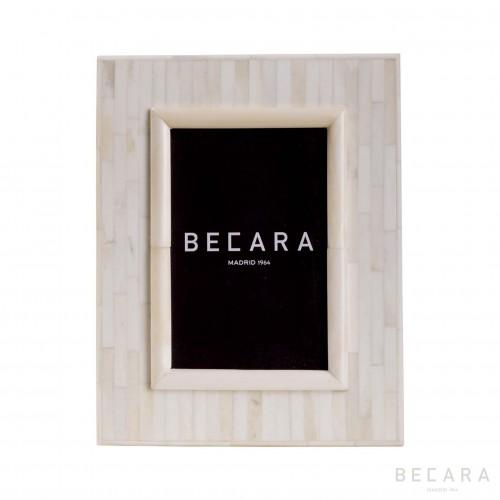 Marco de hueso blanco - BECARA