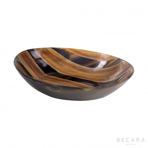 Oval burnished bowl