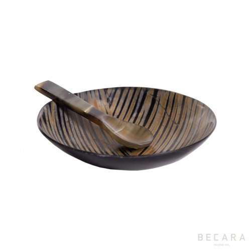 Horn bowl with spoon included