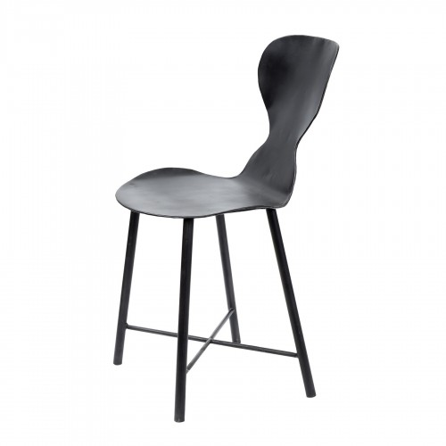 Iron chair with round back